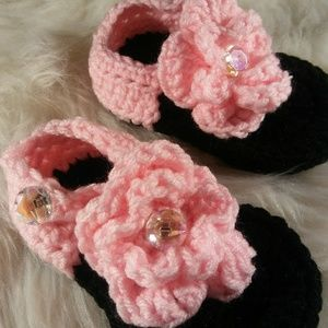 Other - Baby Sandles Crocheted Size 4-8 Month